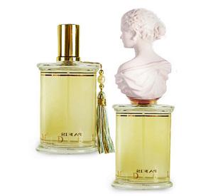 La Belle Helene Parfums MDCI
