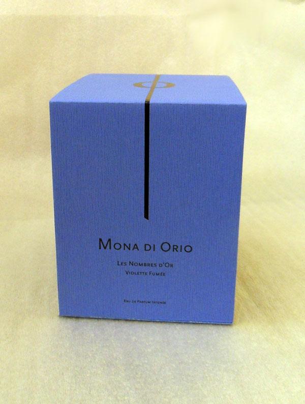 Violette Fumee Mona di Orio