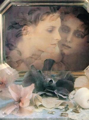 Anais Anais Cacharel постер 1985 года