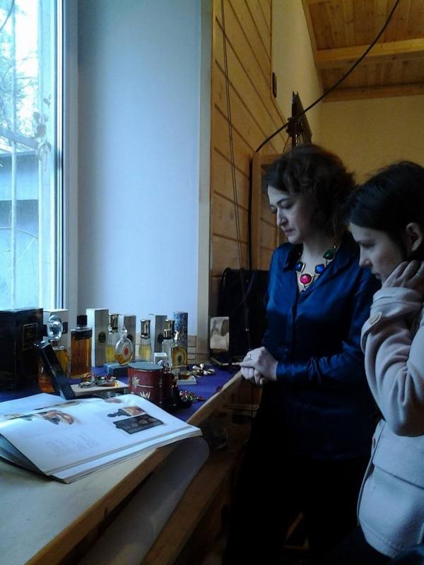 Первый антикварный парфюмерный салон Mon Flacon.