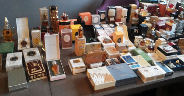 Декабрьский Антикварный парфюмерный салон Mon Flacon