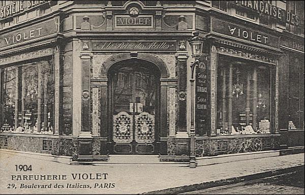 Maison Violet